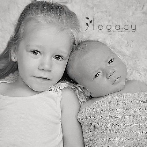 Newborn Photography | legacytheblog.com » Photography blog of Amy Oyler, Legacy Photo and Design Rapid City South Dakota »