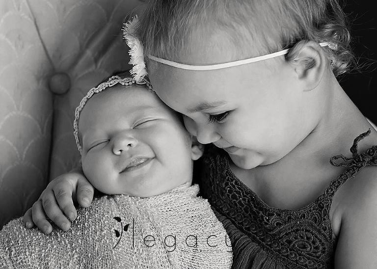 Newborn Photography | legacytheblog.com » Photography blog of Amy Oyler, Legacy Photo and Design Rapid City South Dakota